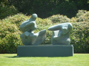 Henry Moore 1 by t r a c y f o x