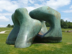 Henry Moore 5 by t r a c y f o x