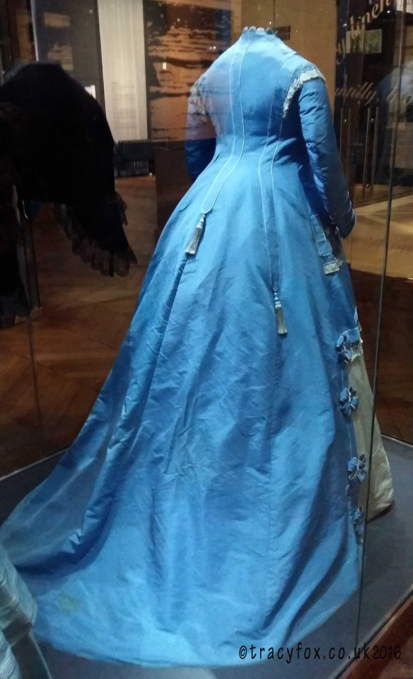 2016 Feb 06 The Bowes Museum Textiles 3 t r a c y f o x