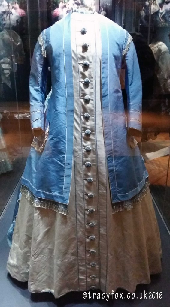 2016 Feb 06 The Bowes Museum Textiles 5 t r a c y f o x